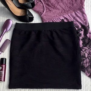 CANDIE'S FULLY LINED SKIRT WITH ELASTIC WAISTBAND